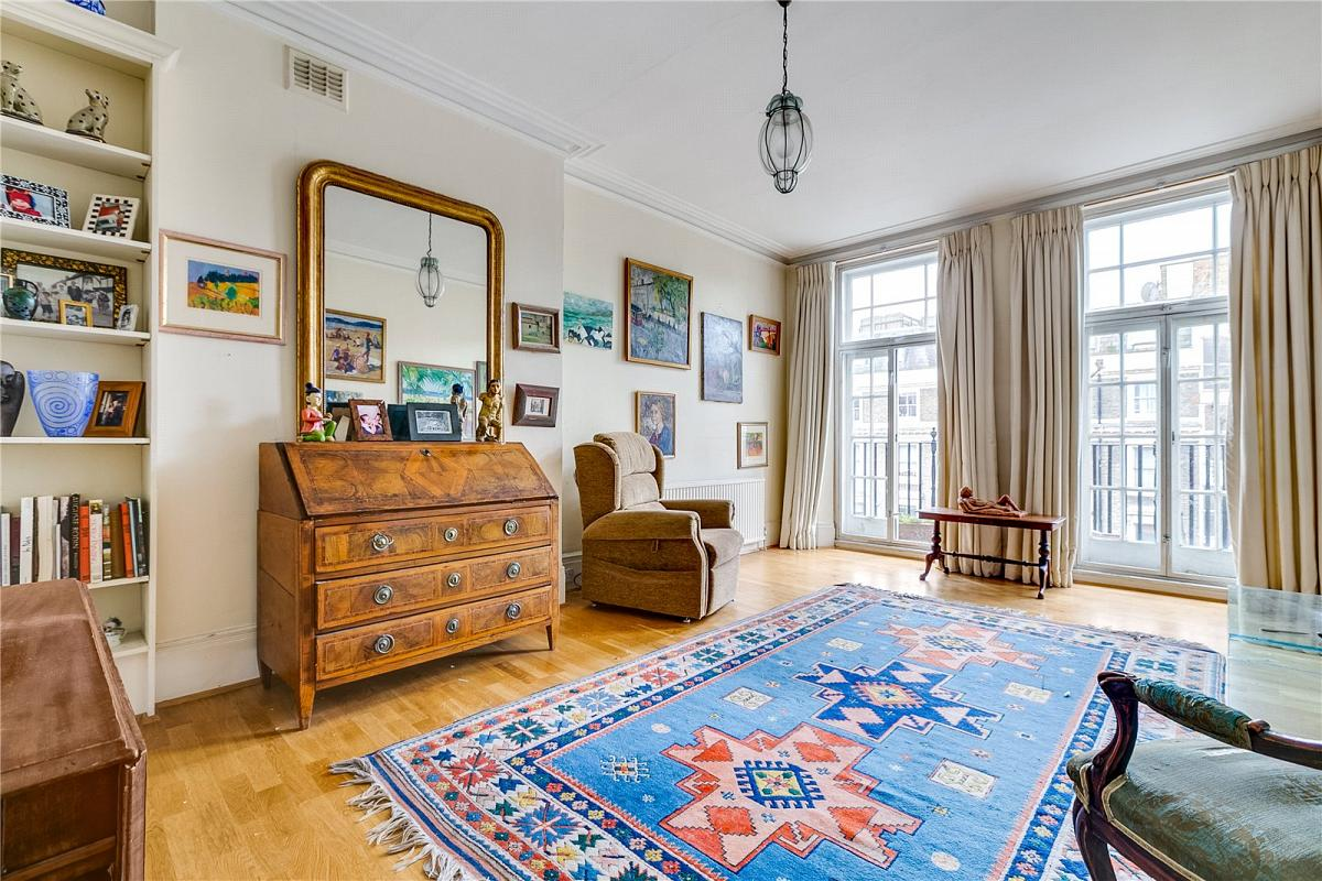 Coleherne Court, Redcliffe Gardens, SW5