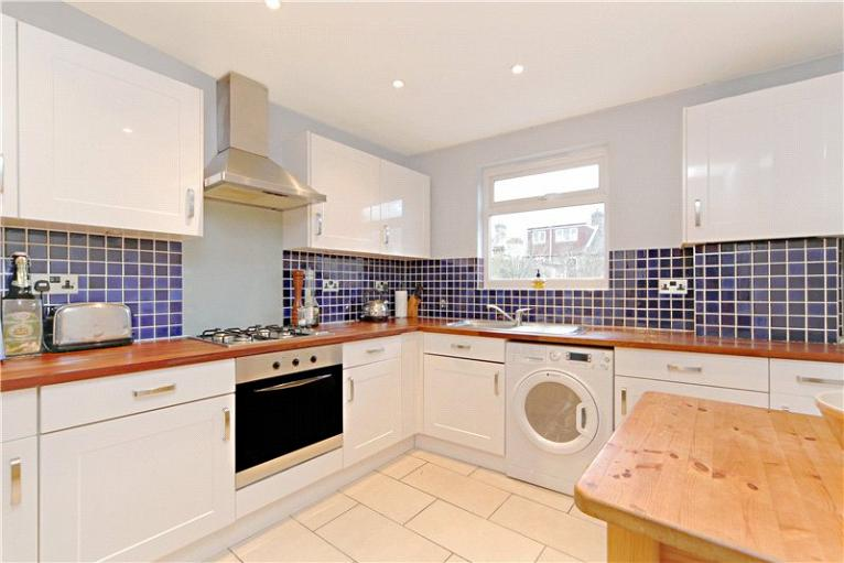 Leythe Road, Acton, W3