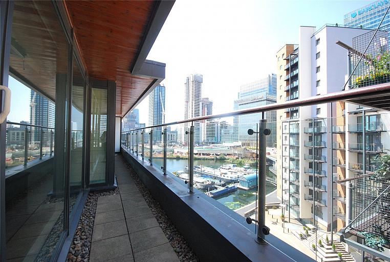 Boardwalk Place, Canary Wharf, E14