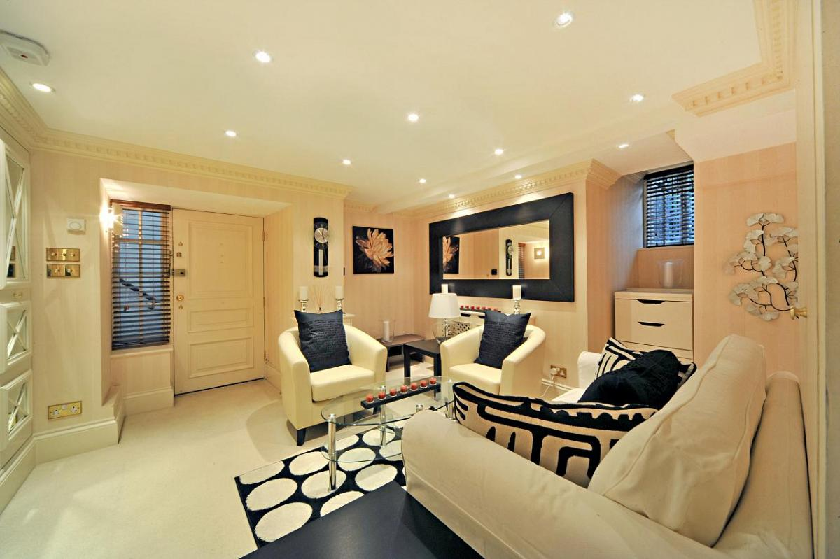 Frognal, Hampstead, NW3