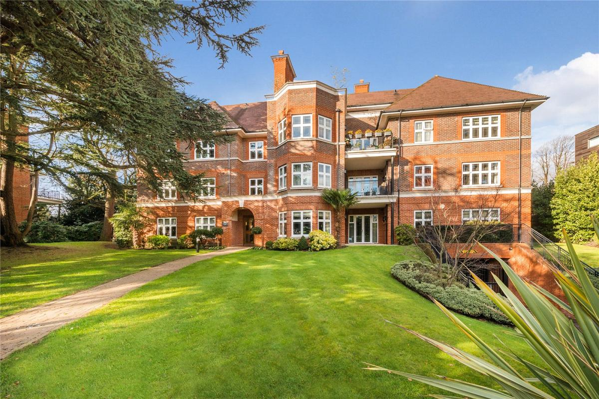 Broomfield Court, Beaumont Close, N2