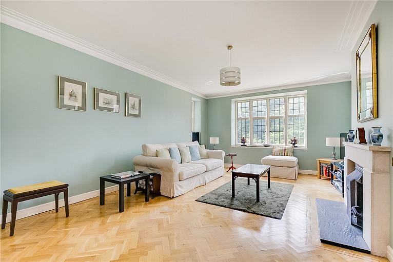Wildcroft Manor, Putney, SW15