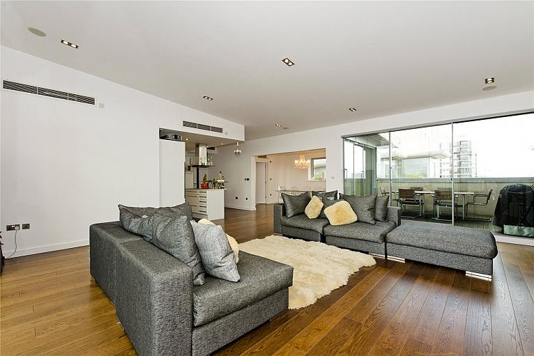 Penthouse, Southgate Road, N1