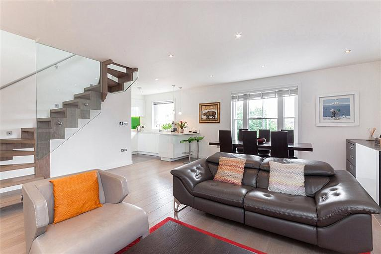 Rosslyn Hill, Hampstead, NW3