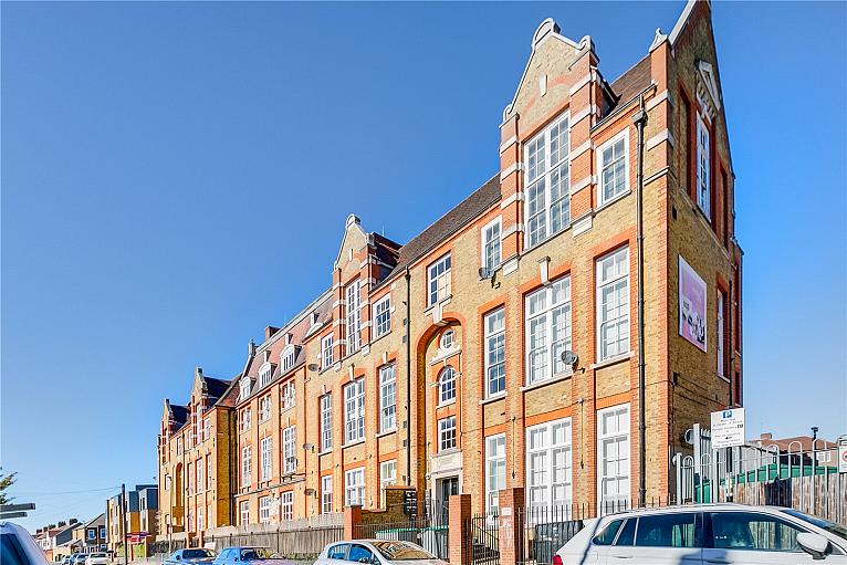 Broadway Lofts, Gatton Road, SW17