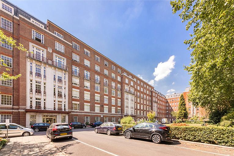 Eyre Court, 3-21 Finchley Road, NW8