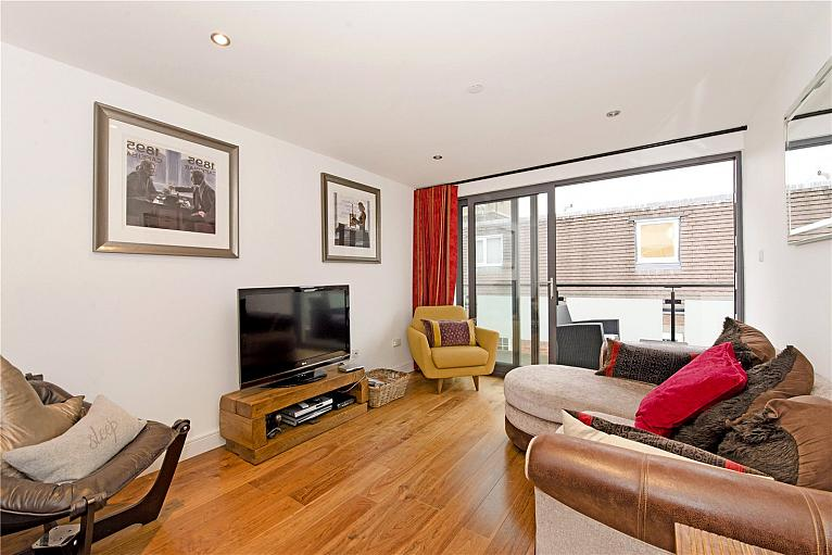 Providence Place, Angel, N1