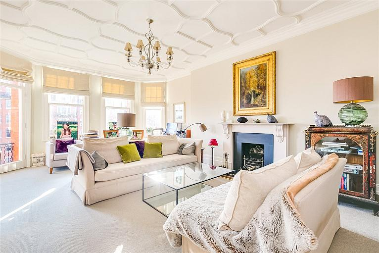 Oakwood Court, Kensington, W14