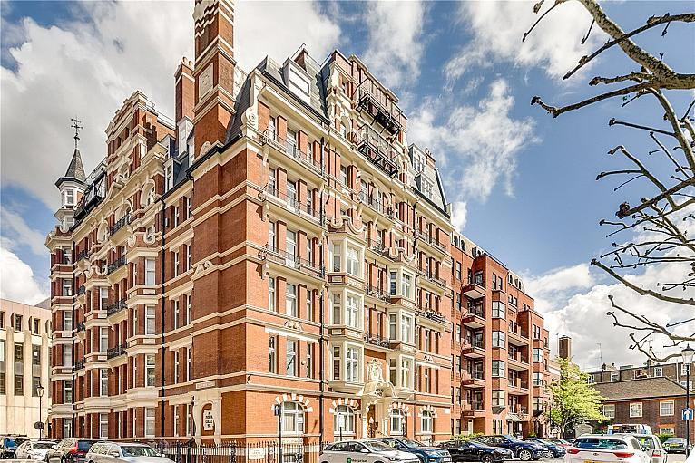 Iverna Court, Kensington, W8