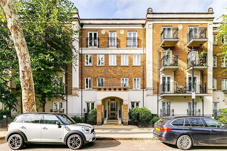 Russell Road, Holland Park, W14