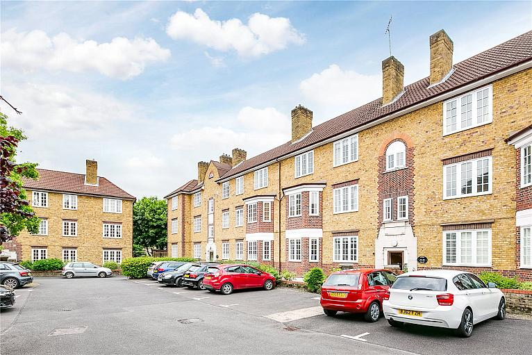Tower Court, Frogmore, SW18