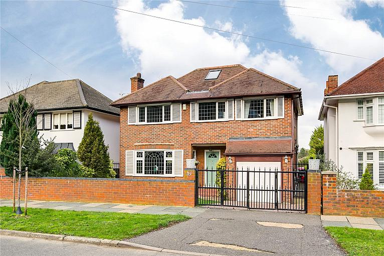 Ullswater Crescent, Kingston Vale, SW15
