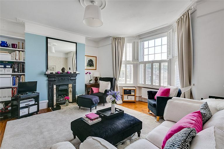 Sutton Court, Fauconberg Road, W4
