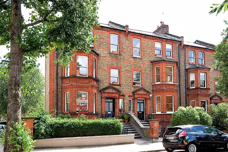 Essendine Road, West Kilburn, W9