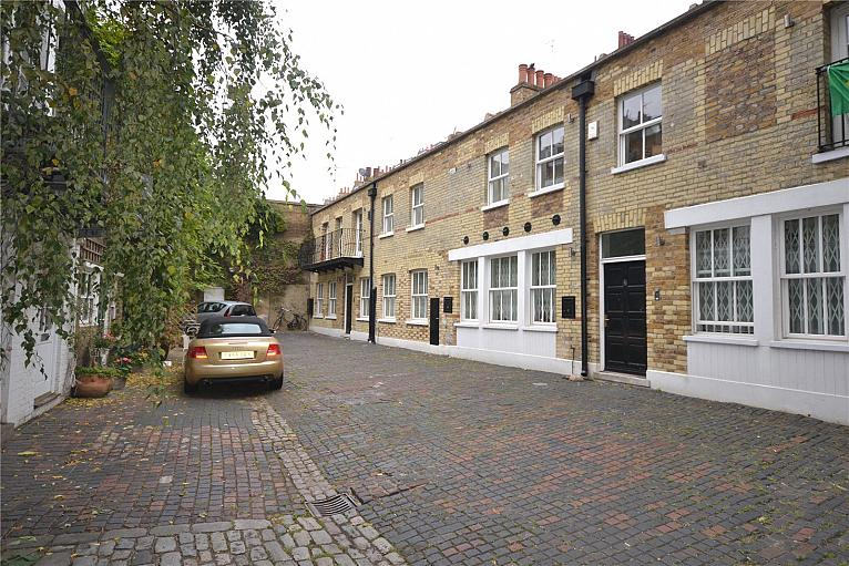 Moreton Terrace Mews South, Pimlico, SW1V