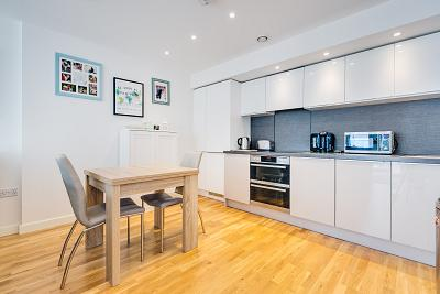Property To Buy In Layton Road Tw8 Chestertons International